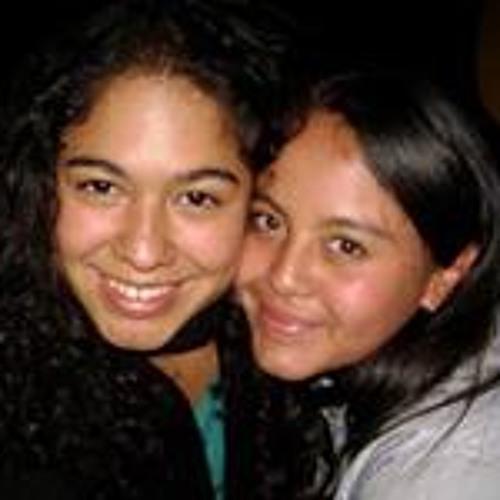 Stefany Cartagena's avatar