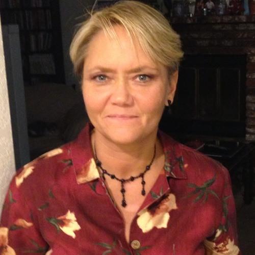 Christine Dion's avatar
