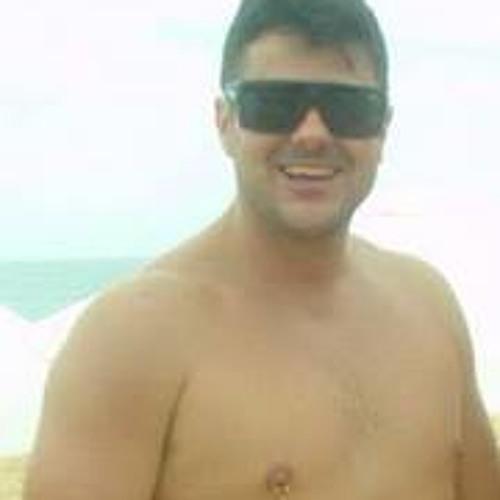Hiran Ferreira Cassou's avatar