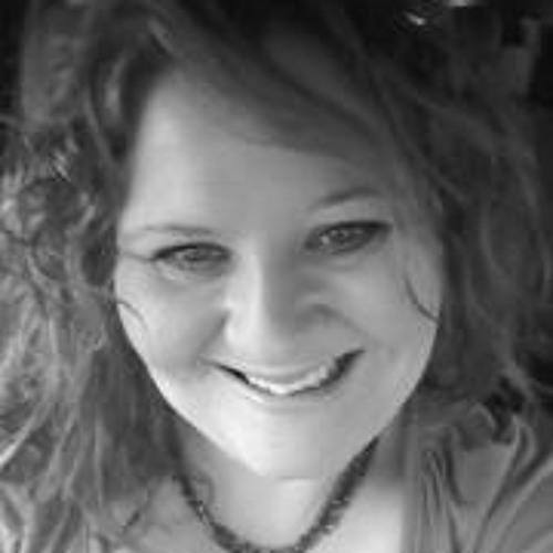 Tabitha Wood's avatar