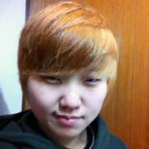 Euna Wi's avatar