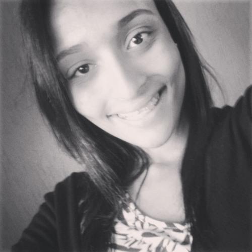 Geovanna Carvalho's avatar