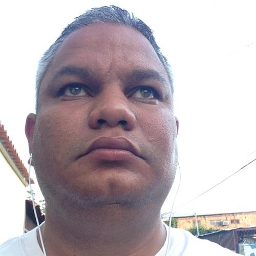 Carlos A. Echezuria's avatar