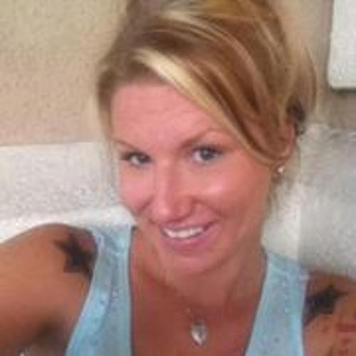 Carrie Anne 7's avatar