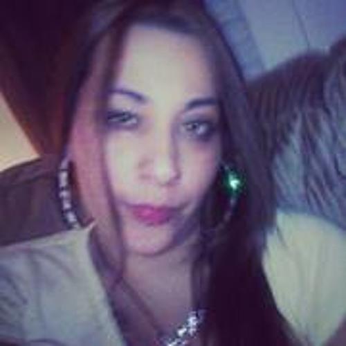 Nikki Barrera's avatar