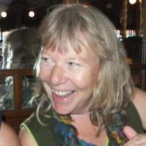 Dee Christensen's avatar