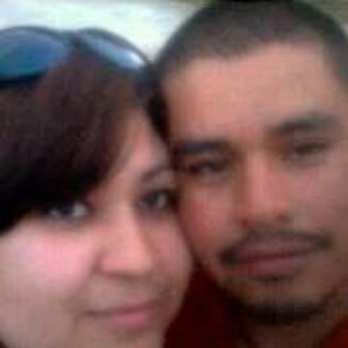 Raquel Flores Martinez's avatar