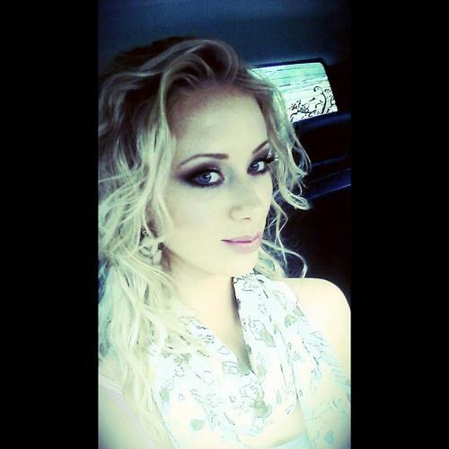 Skyla.Gray's avatar