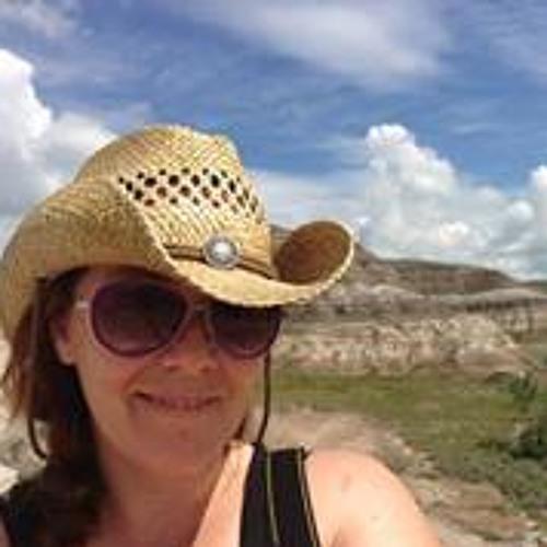 Stephanie MacKay's avatar