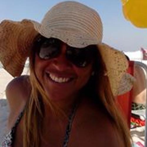 Patricia Pereira 43's avatar