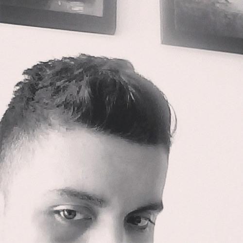 Julio Cesar T's avatar