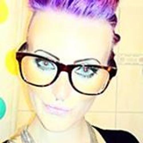 Lydia Love <3's avatar