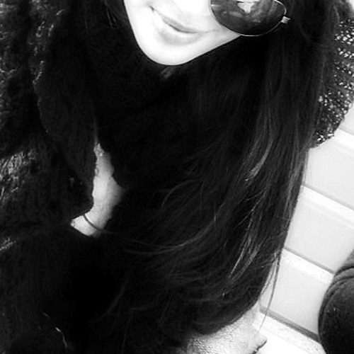 Areeba Aamir's avatar