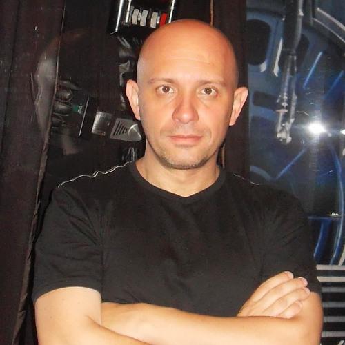 Euclides Gomes Junior's avatar