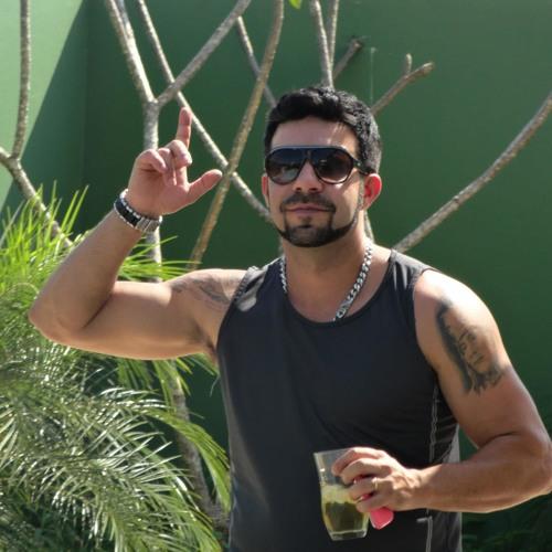 alexvideira1980@gmail.com's avatar