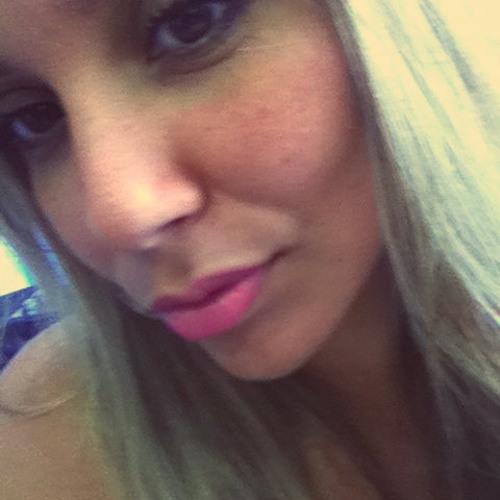 Luuh Souza 3's avatar