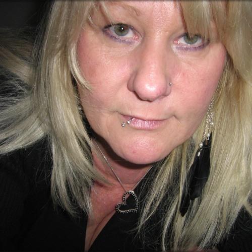 Tina Angel's avatar