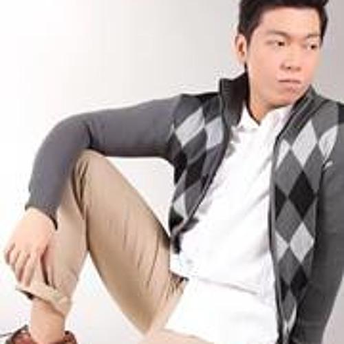 Ivan Mark Aro's avatar