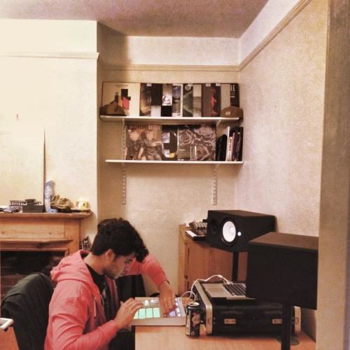 Bitches on Ice (feat. T-Mac)