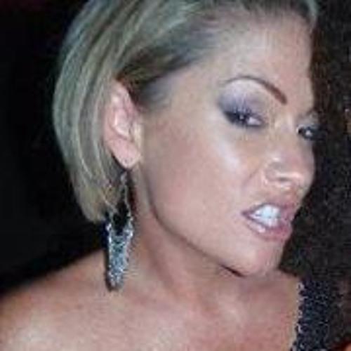 Jennifer Radcliffe's avatar