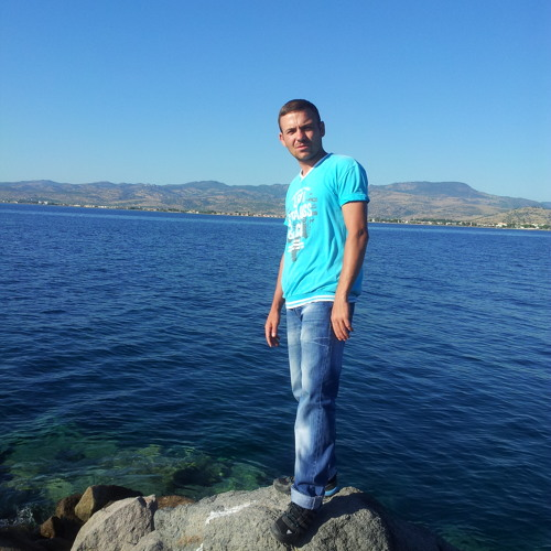 Tarık ttttSTONE FOR LİVE's avatar