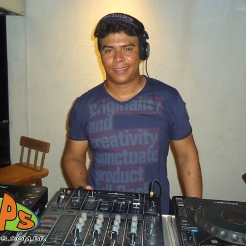 DJ RONALDO SANTOS's avatar