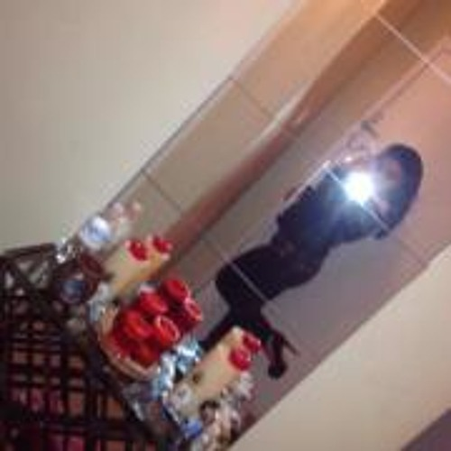 Gina Sa's avatar