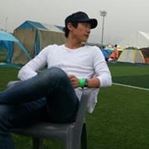 Danny Seungwoo Kim's avatar