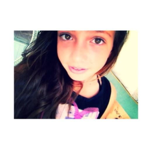 BELLA_MUSIC_LOVE's avatar