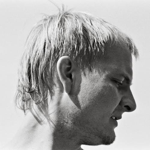 leonidstamp's avatar