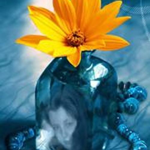 Marta Modzelewska Mccuien's avatar