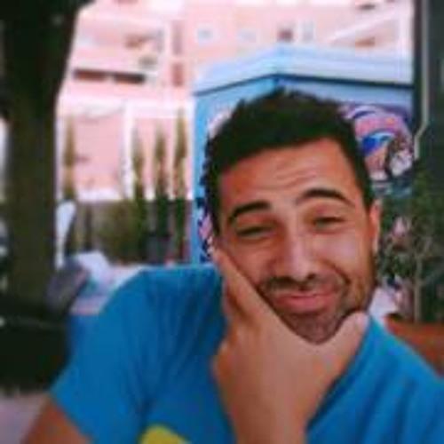 Carlos Bernal Moreno's avatar