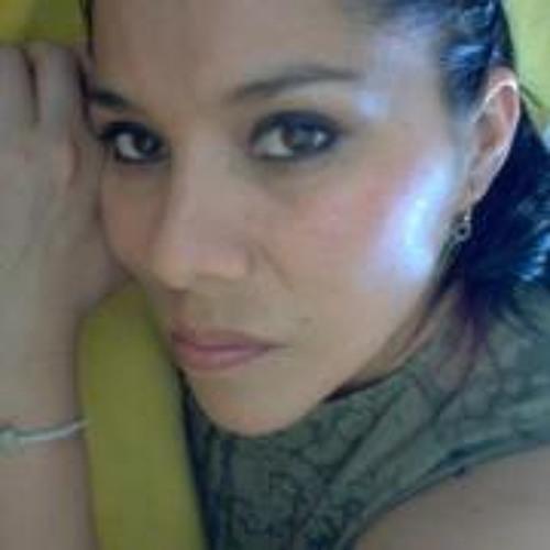 Consuelo Solari Salgado's avatar