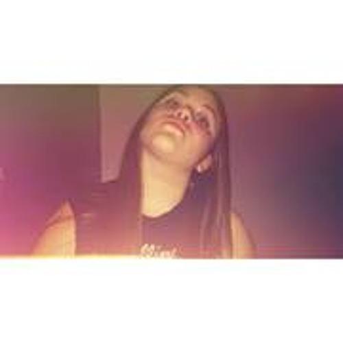Alondra Michelle Nieves's avatar