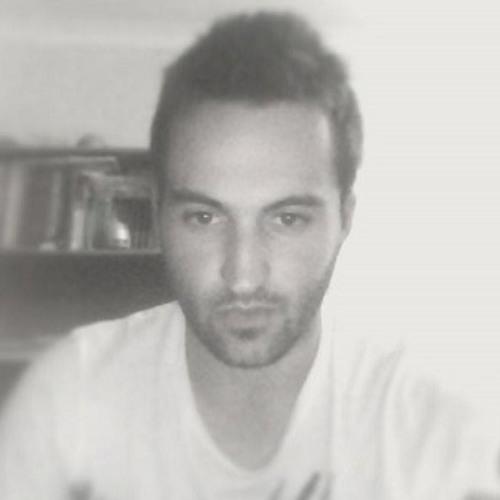 Raphael Simão's avatar