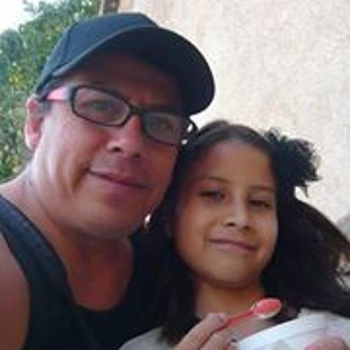 Ricardo Verastegui's avatar