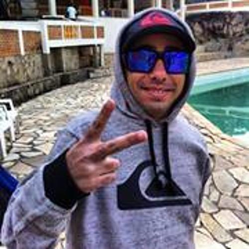 Rafael RatiinHoo's avatar