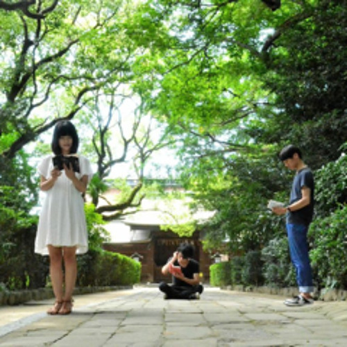 Girl in a blue skirt's avatar