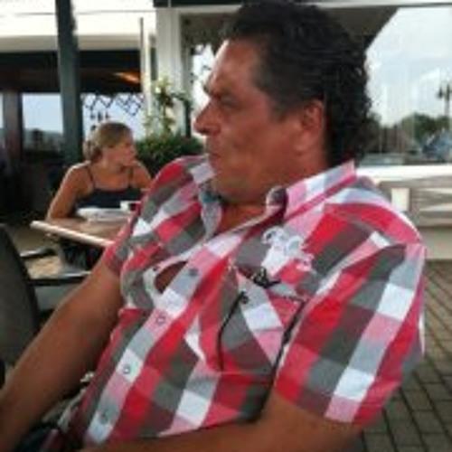 Mario Weusten's avatar