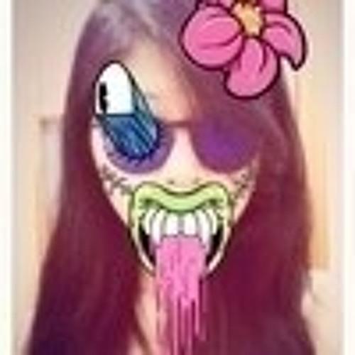 Nicole Tszni's avatar