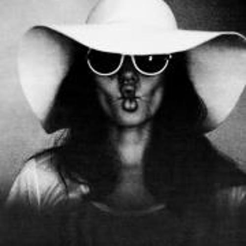 Irina Pluzhko's avatar