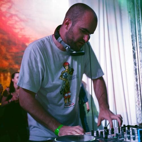 DJ Snare (strictly.beats)'s avatar
