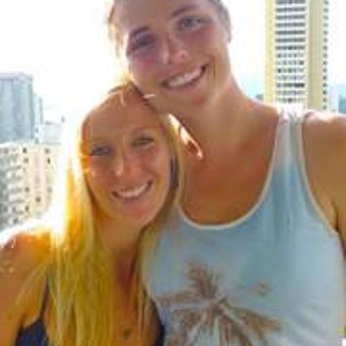 Janina Schan's avatar