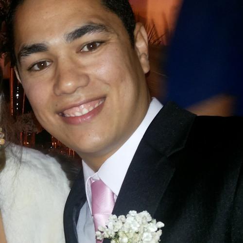 Rogério Capeletti Lima's avatar