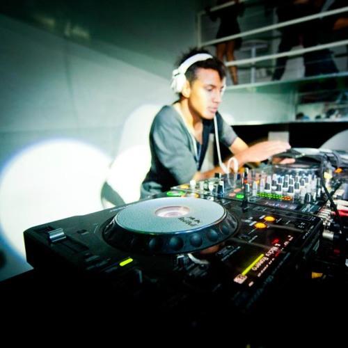 Junior Alves DJ's avatar