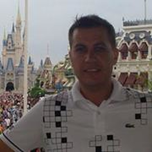 Lucas Amuchástegui's avatar