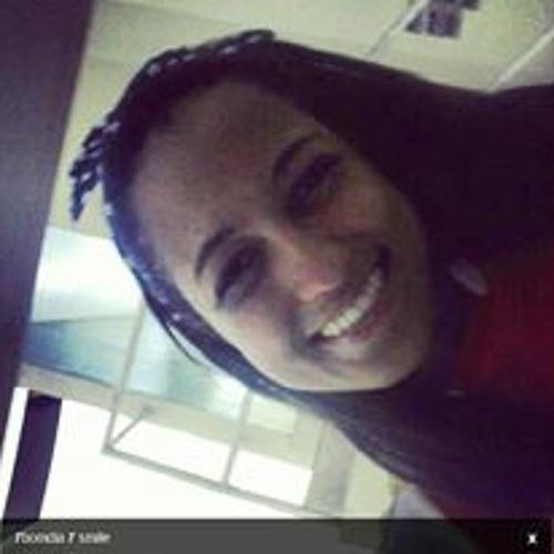 Aline Trindade 5's avatar