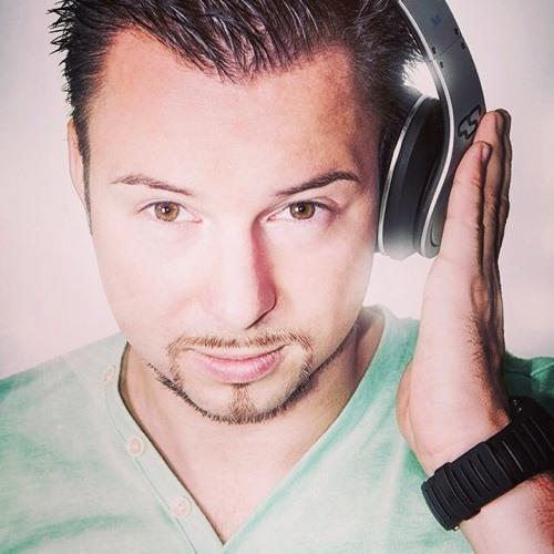 David Nessuno's avatar