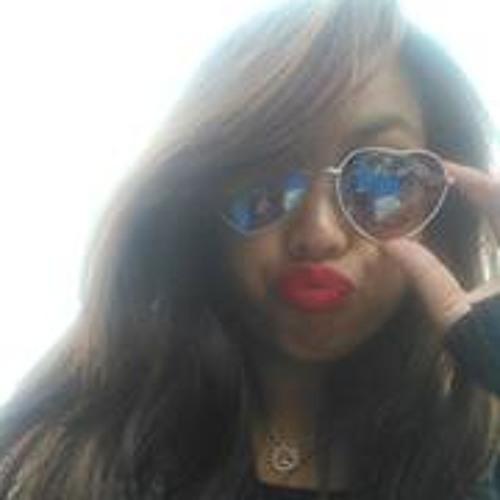 Isabelle Gomilla's avatar