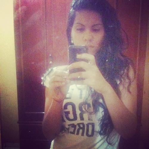 Fernanda Benah's avatar